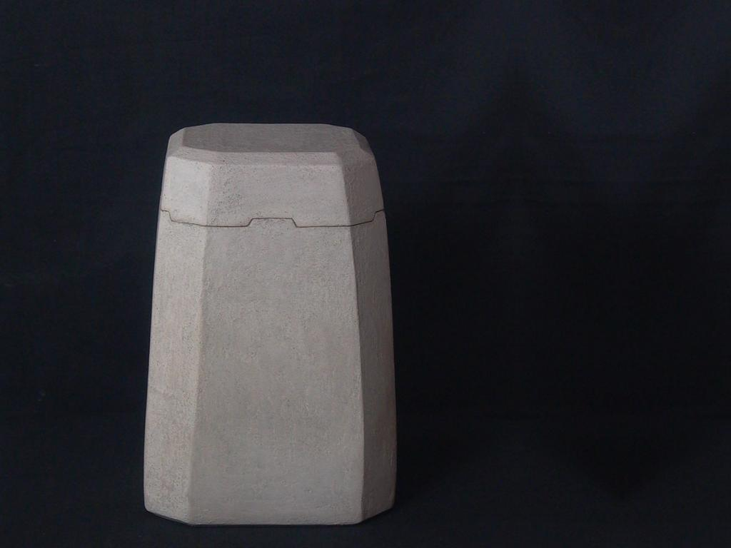 urn, concrete finish